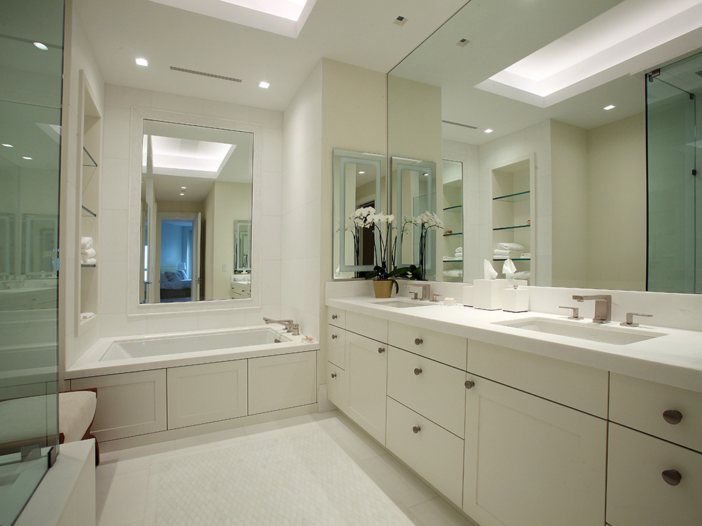 Lido Key Penthouse Guest Bath Eurotech Custom Cabinetry